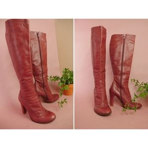 Marc Jacobs Vero Cuoio Boot in Oxblood